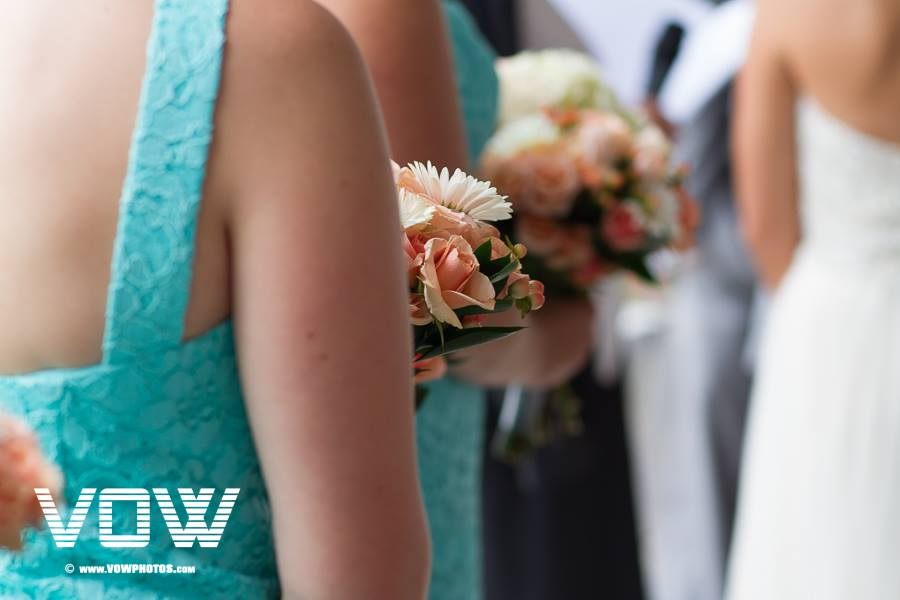 peach and green wedding colors
