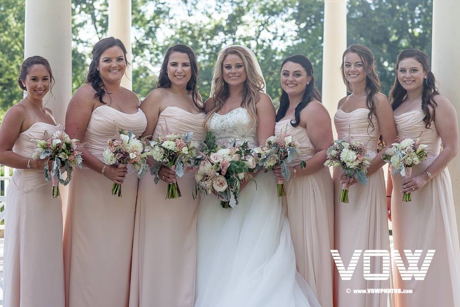 bridesmaids-photo