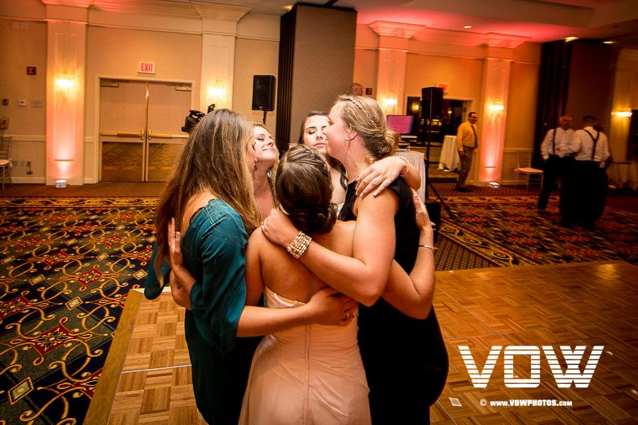 dancing-boston-marriott-peabody-wedding