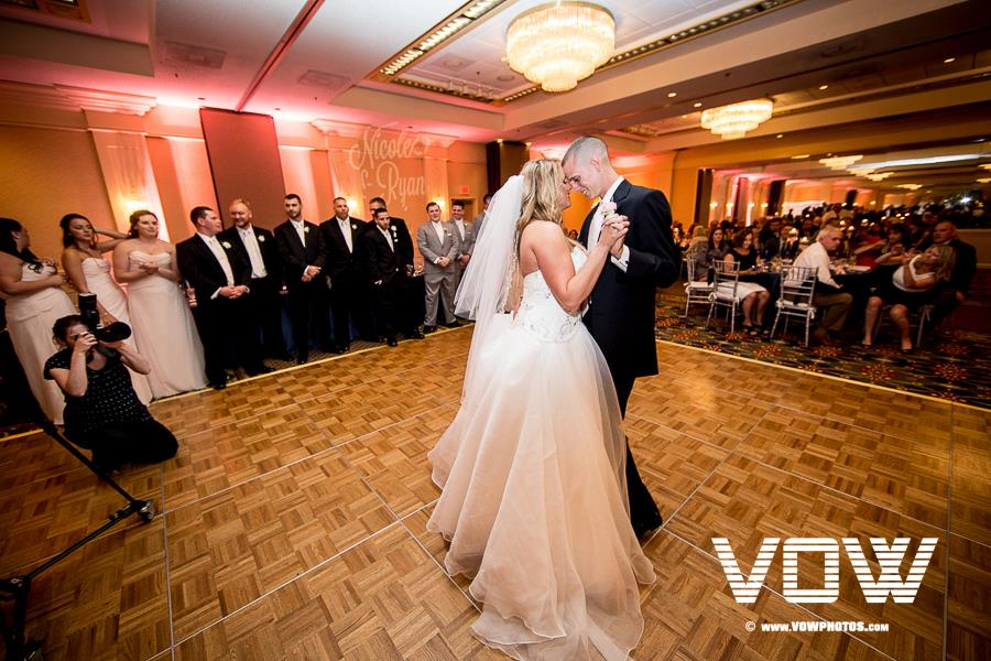 first-dance-wedding-boston-marriott-peabody