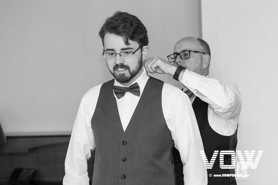 groom-getting-ready-harvard-charles-hotel