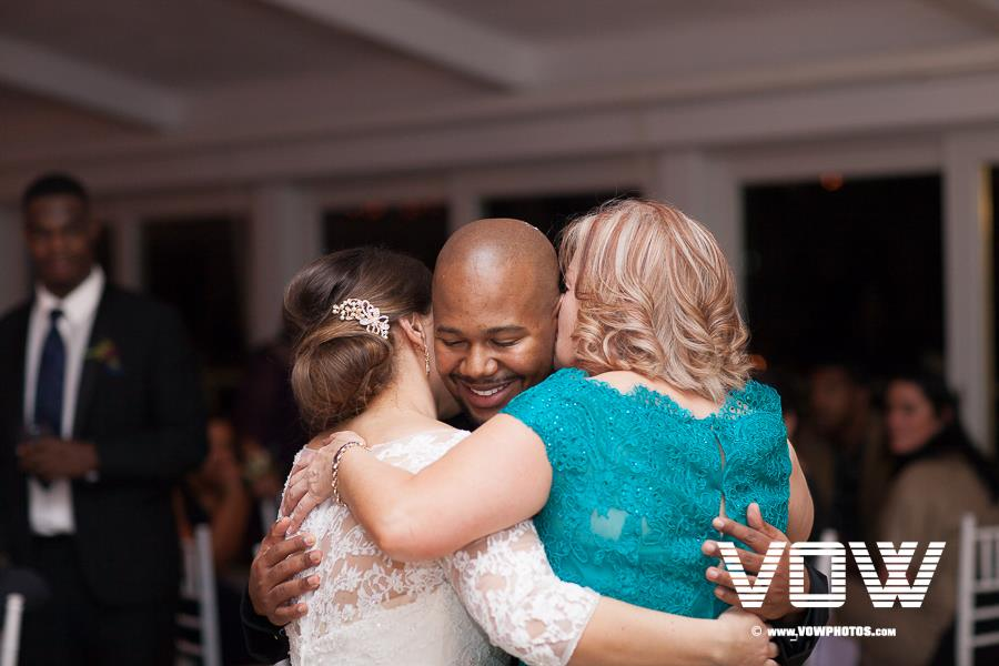 first-dance-wychmere-cape-cod-wedding