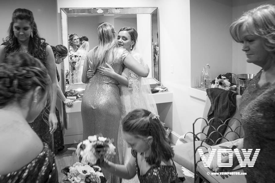 getting-ready-wedding-photo