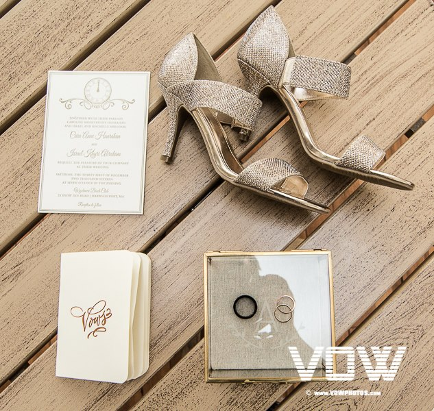 new-year's-eve-wedding-shoes-and-invitation